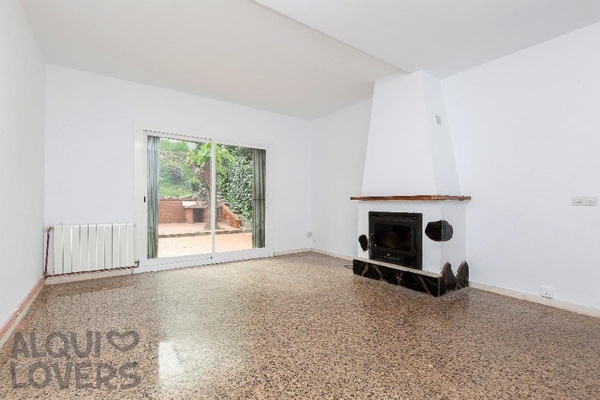 Casa en venta en Gelida, españa, Calle Serra D`or, 174.000 €, 4 habitaciones, 2 baños, 89 m2