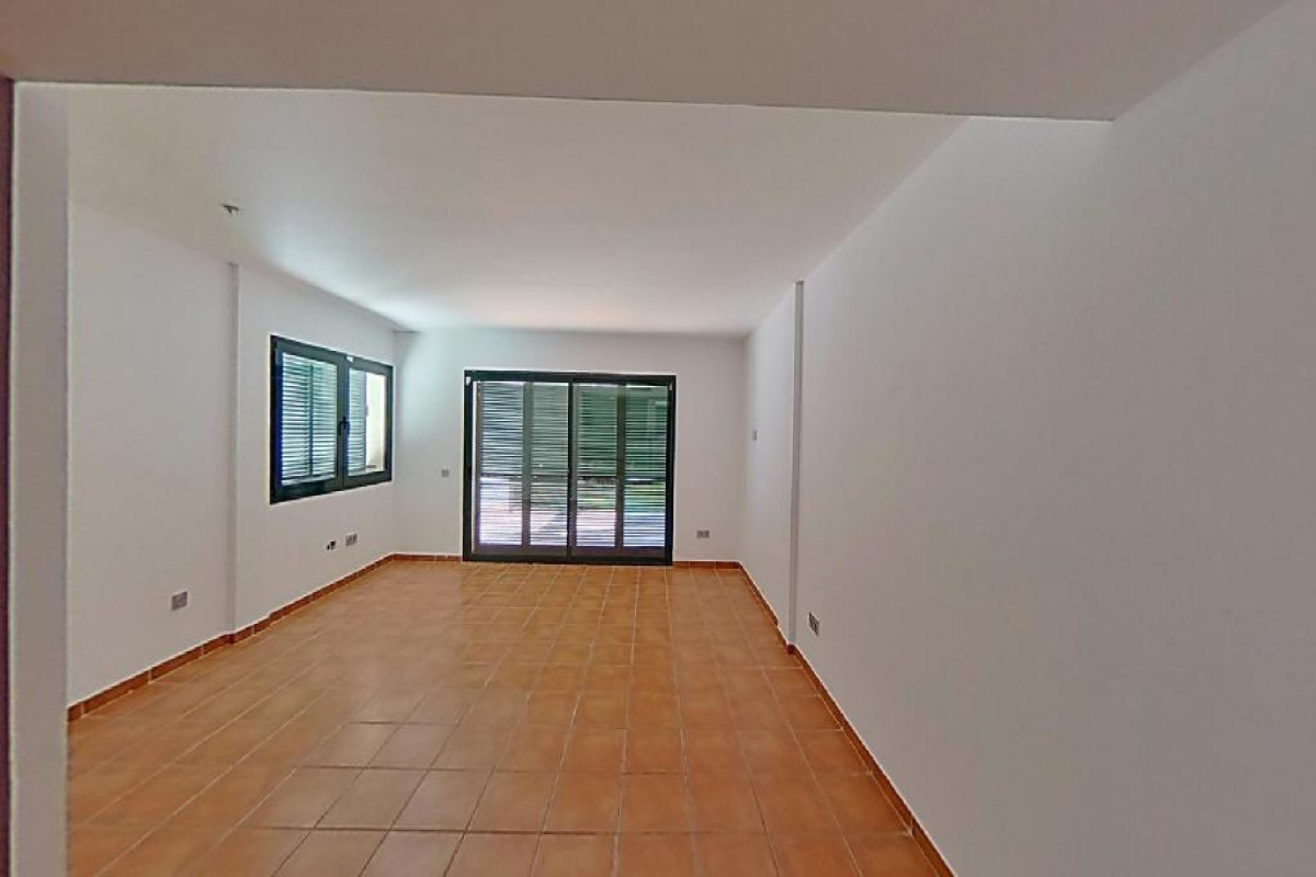 Casa en venta en El Perelló, Tarragona, Calle Les Oliveres, 165.000 €, 2 habitaciones, 3 baños, 94 m2
