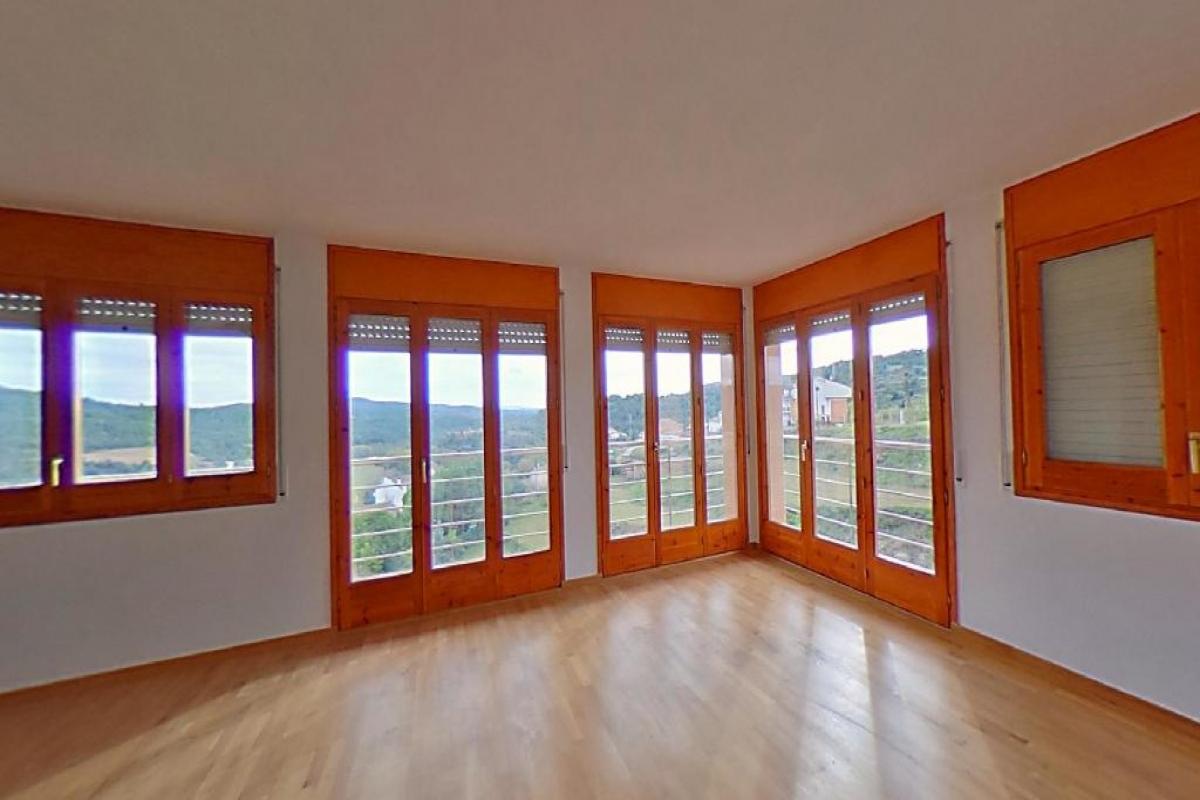 Casa en venta en Puig-reig, españa, Calle Cal Feliu, 230.000 €, 4 habitaciones, 3 baños, 300 m2