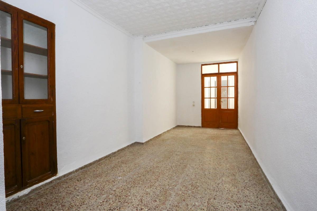 Casa en venta en Carcaixent, Valencia, Calle del Maestro Giner, 42.000 €, 4 habitaciones, 1 baño, 155 m2