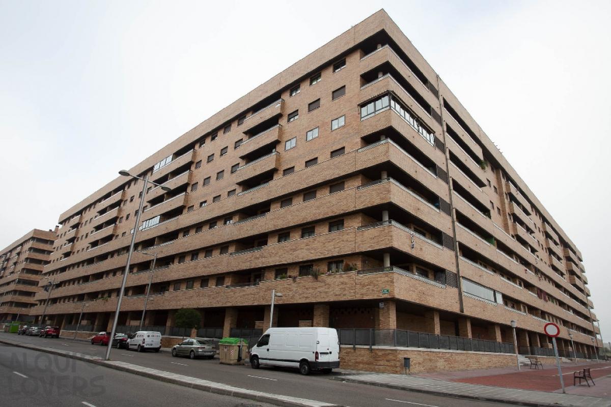 Piso en venta en Seseña, Toledo, Calle Claudio Coello, 139.000 €, 4 habitaciones, 3 baños, 149 m2