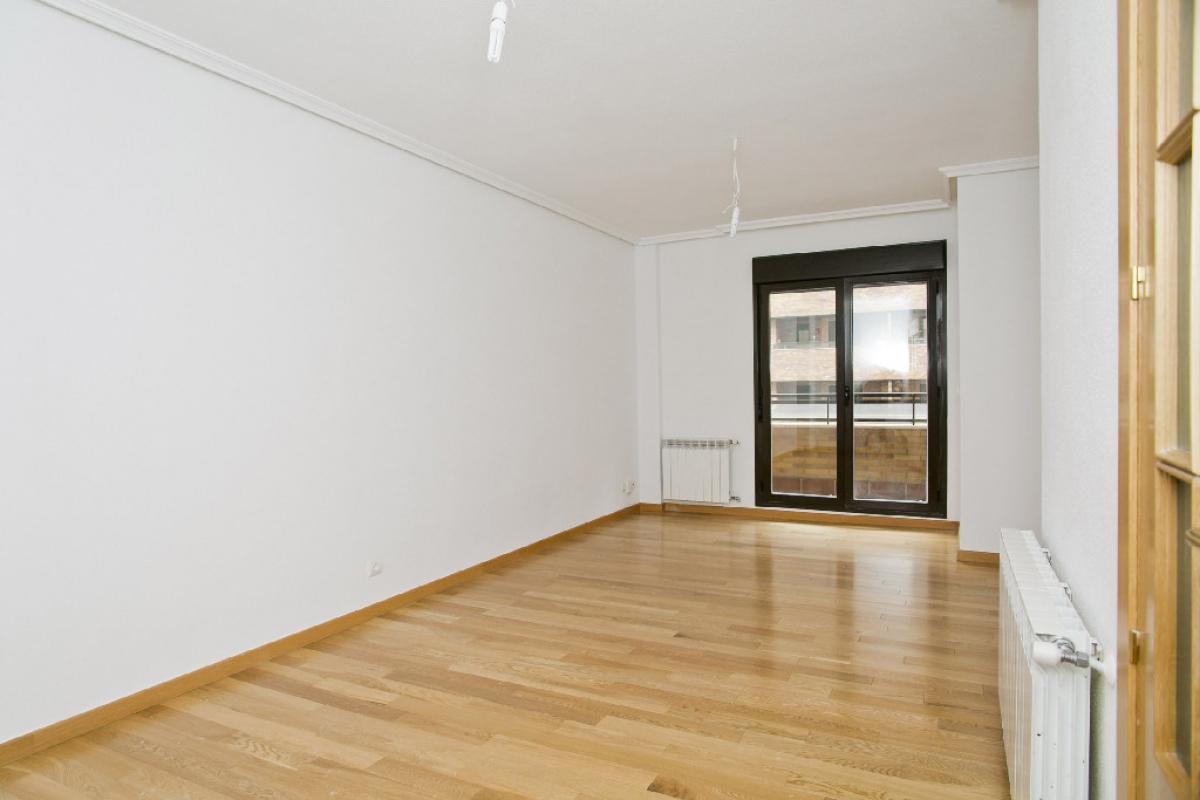 Piso en venta en Seseña, Toledo, Calle Claudio Coello, 131.000 €, 2 habitaciones, 2 baños, 98 m2