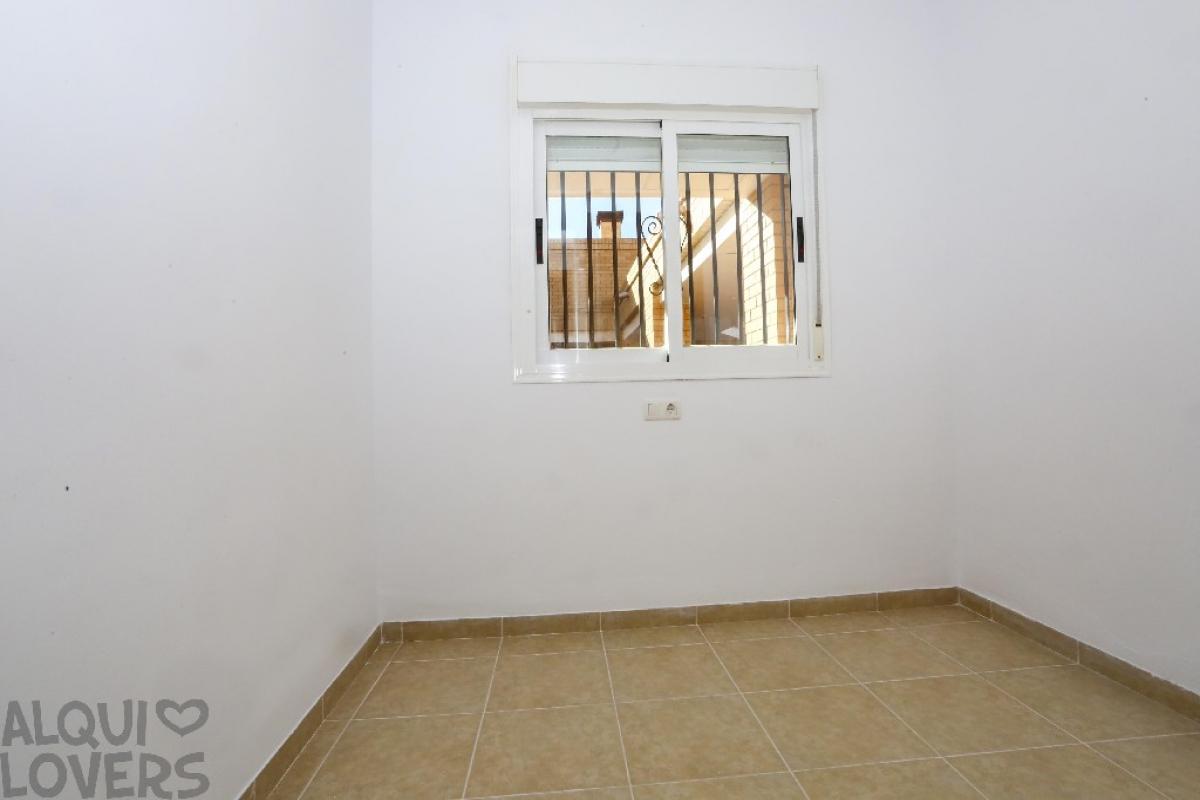 Piso en venta en Piso en Oropesa del Mar/orpesa, Castellón, 73.000 €, 2 habitaciones, 2 baños, 71 m2