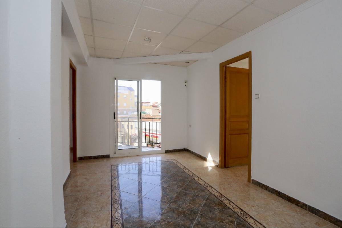 Piso en venta en Elda, Alicante, Calle Rafael Altamira, 79.500 €, 3 habitaciones, 2 baños, 113 m2
