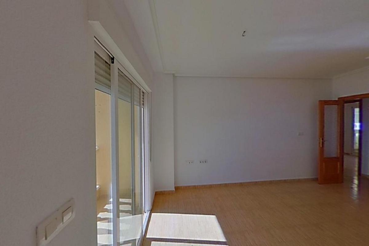 Piso en venta en Formentera del Segura, Alicante, Calle Reina Sofia, 54.000 €, 2 habitaciones, 1 baño, 77 m2