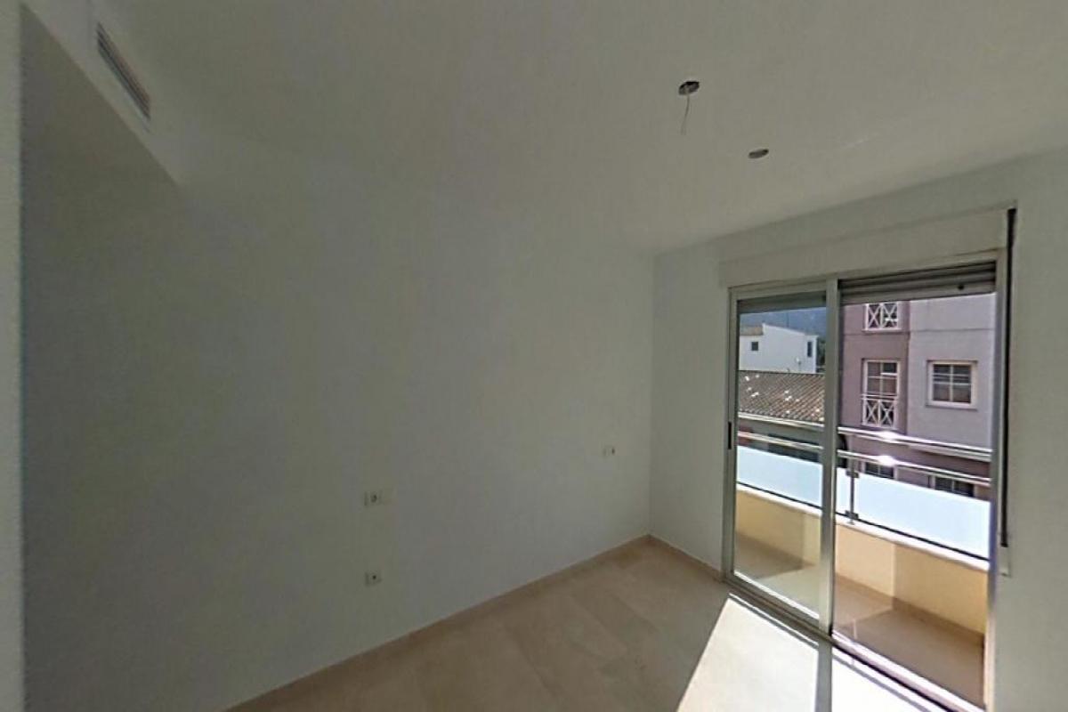 Piso en venta en El Benitachell/poble, Alicante, Avenida Lepanto, 71.500 €, 2 habitaciones, 2 baños, 100 m2