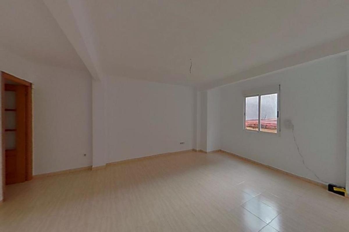 Piso en venta en Albal, Valencia, Calle Torrent, 68.500 €, 2 habitaciones, 1 baño, 101 m2