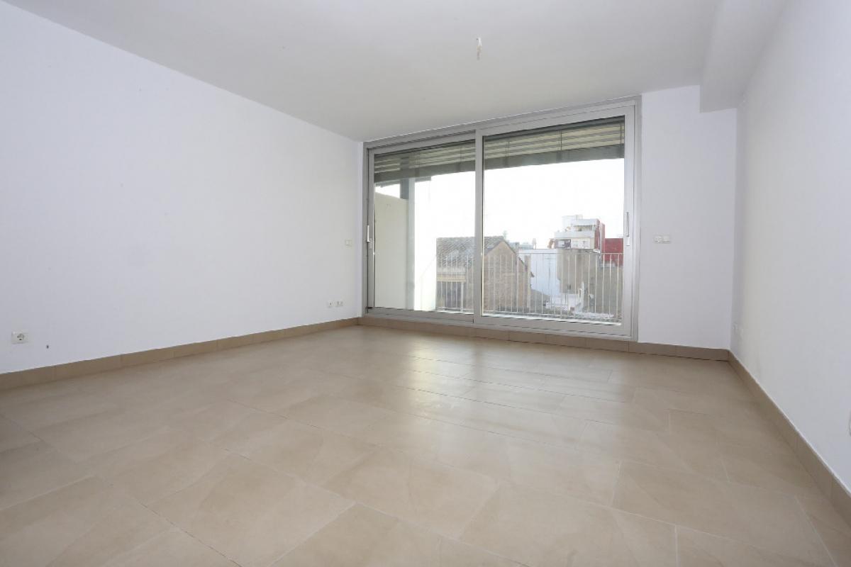Piso en venta en Burjassot, Valencia, Calle Doctor Moliner, 132.000 €, 4 habitaciones, 3 baños, 132 m2