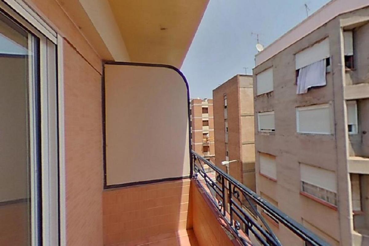 Piso en venta en Piso en Onda, Castellón, 42.000 €, 3 habitaciones, 1 baño, 103 m2