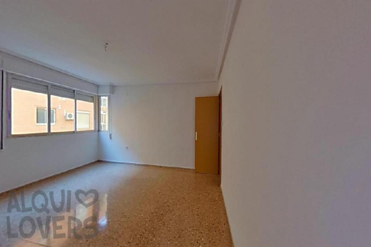 Piso en venta en Paiporta, Valencia, Calle San Joaquin, 102.500 €, 4 habitaciones, 2 baños, 125 m2