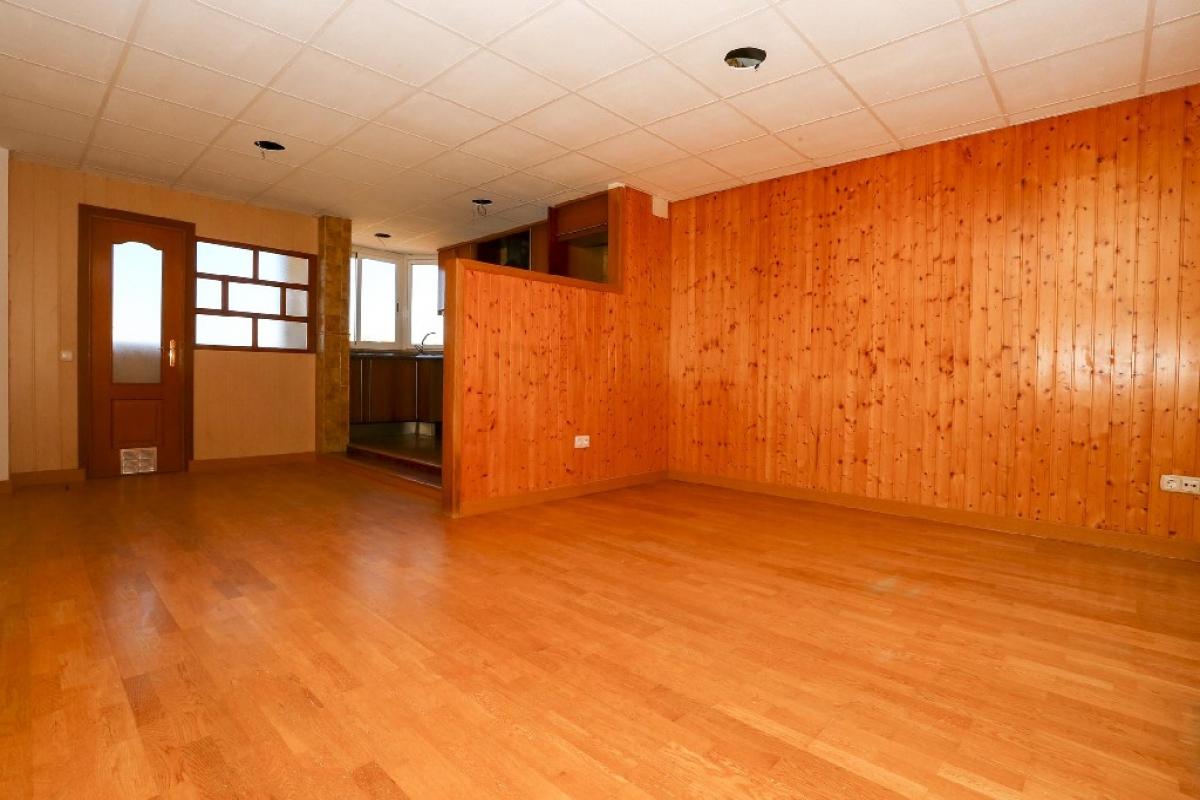 Piso en venta en La Pobla de Vallbona, Valencia, Calle Trinquete, 53.000 €, 3 habitaciones, 2 baños, 89 m2