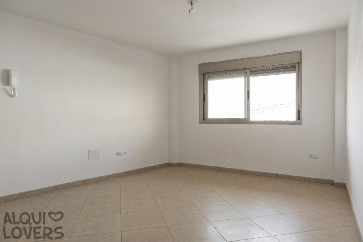 Piso en venta en Puerto del Rosario, Las Palmas, Calle Valencia, 55.000 €, 2 habitaciones, 1 baño, 78 m2