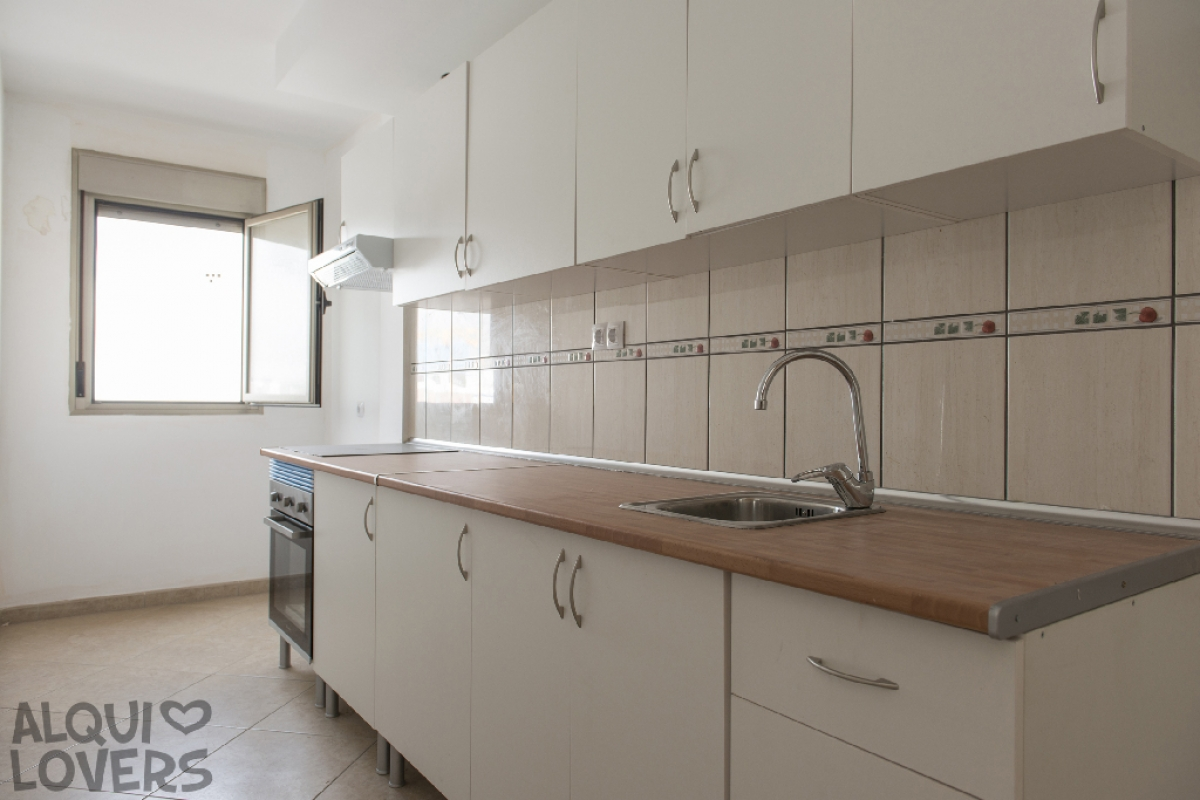 Piso en venta en Puerto del Rosario, Las Palmas, Calle Valencia, 57.000 €, 2 habitaciones, 1 baño, 71 m2