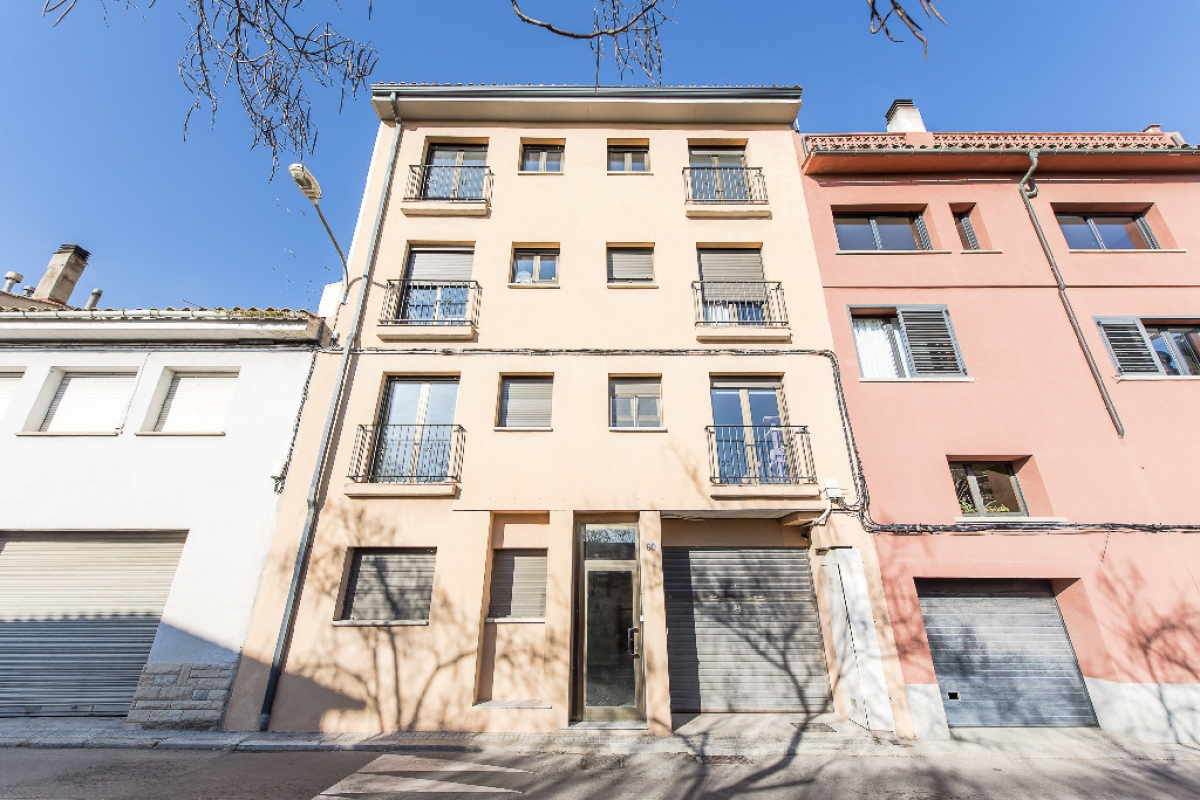 Piso en venta en Vic, Barcelona, Calle Major, 96.000 €, 1 habitación, 2 baños, 81 m2