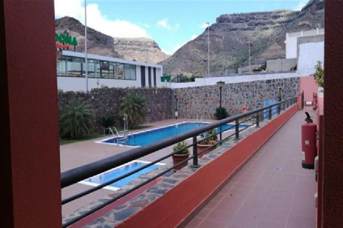 Piso en venta en Mogán, Las Palmas, Calle Madrid, 195.000 €, 2 habitaciones, 2 baños, 92 m2