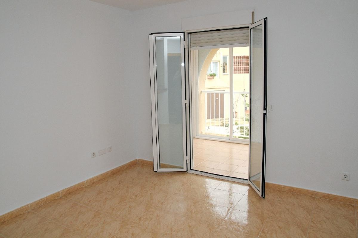 Piso en venta en L` Alfàs del Pi, Alicante, Camino Cantera, 125.500 €, 2 habitaciones, 1 baño, 72 m2