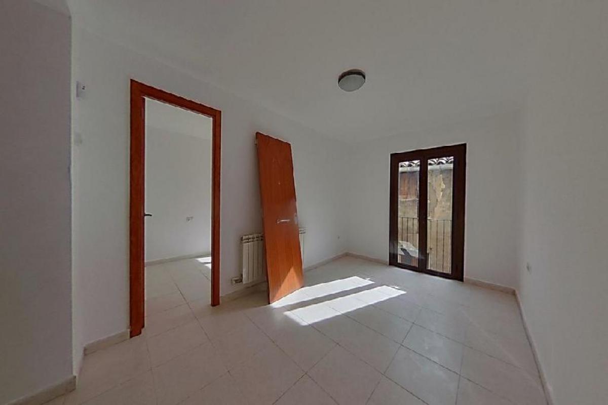 Piso en venta en Berga, Barcelona, Calle Alpens, 49.000 €, 2 habitaciones, 1 baño, 71 m2