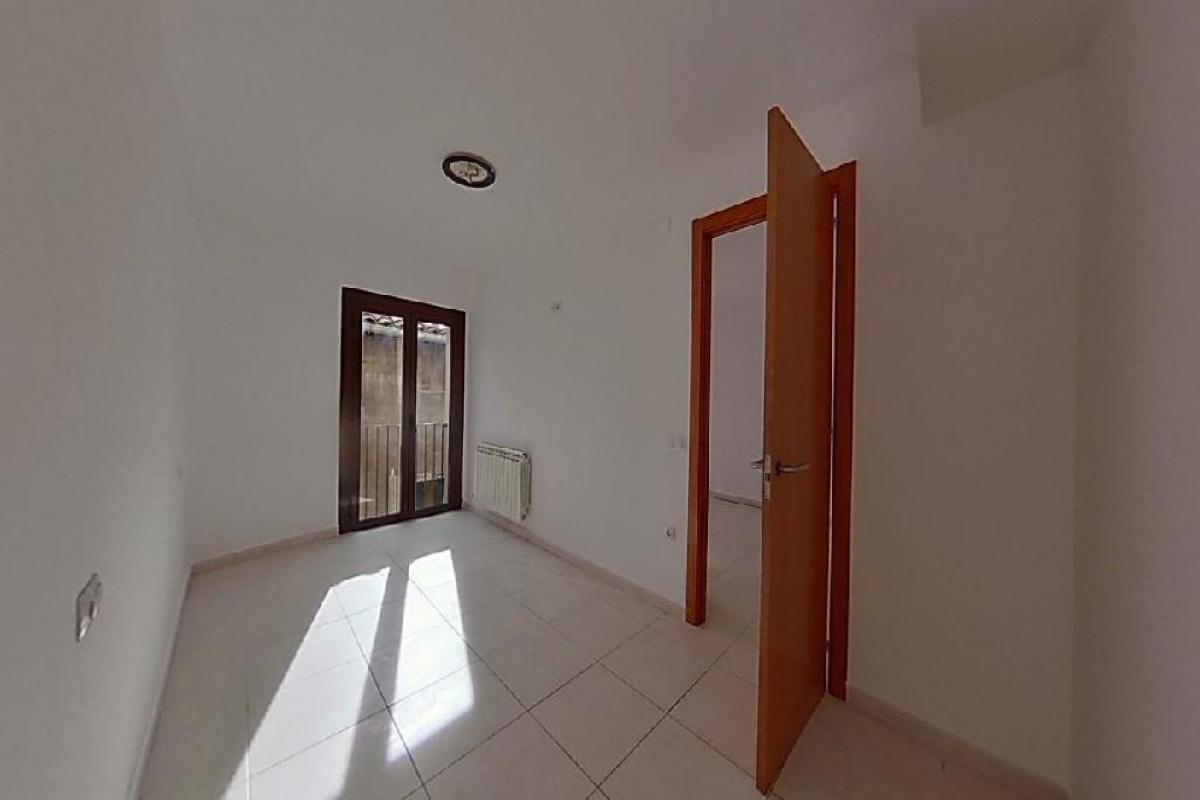 Piso en venta en Piso en Berga, Barcelona, 49.000 €, 2 habitaciones, 1 baño, 71 m2