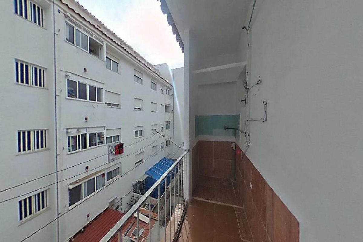 Piso en venta en Piso en la Vall D`uixó, Castellón, 26.000 €, 3 habitaciones, 1 baño, 86 m2