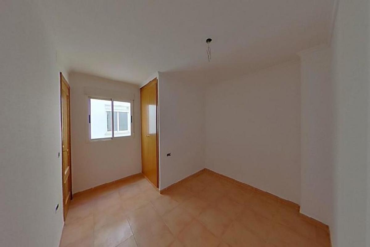 Piso en venta en Piso en Castellnovo, Castellón, 32.000 €, 2 habitaciones, 1 baño, 66 m2