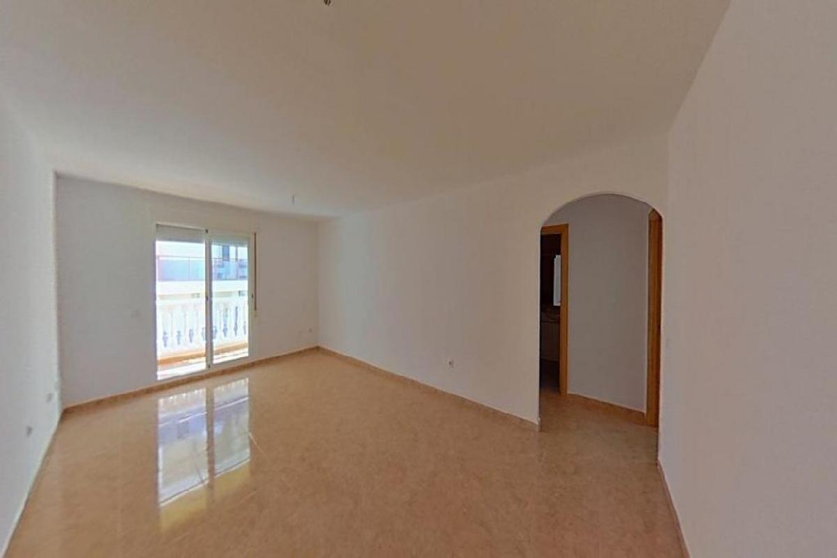 Piso en venta en Vícar, Almería, Calle Cristobal Colon, 41.000 €, 2 habitaciones, 1 baño, 77 m2