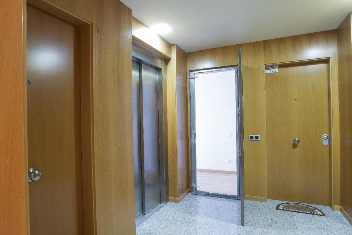 Piso en venta en Piso en Cunit, Tarragona, 188.500 €, 4 habitaciones, 2 baños, 122 m2