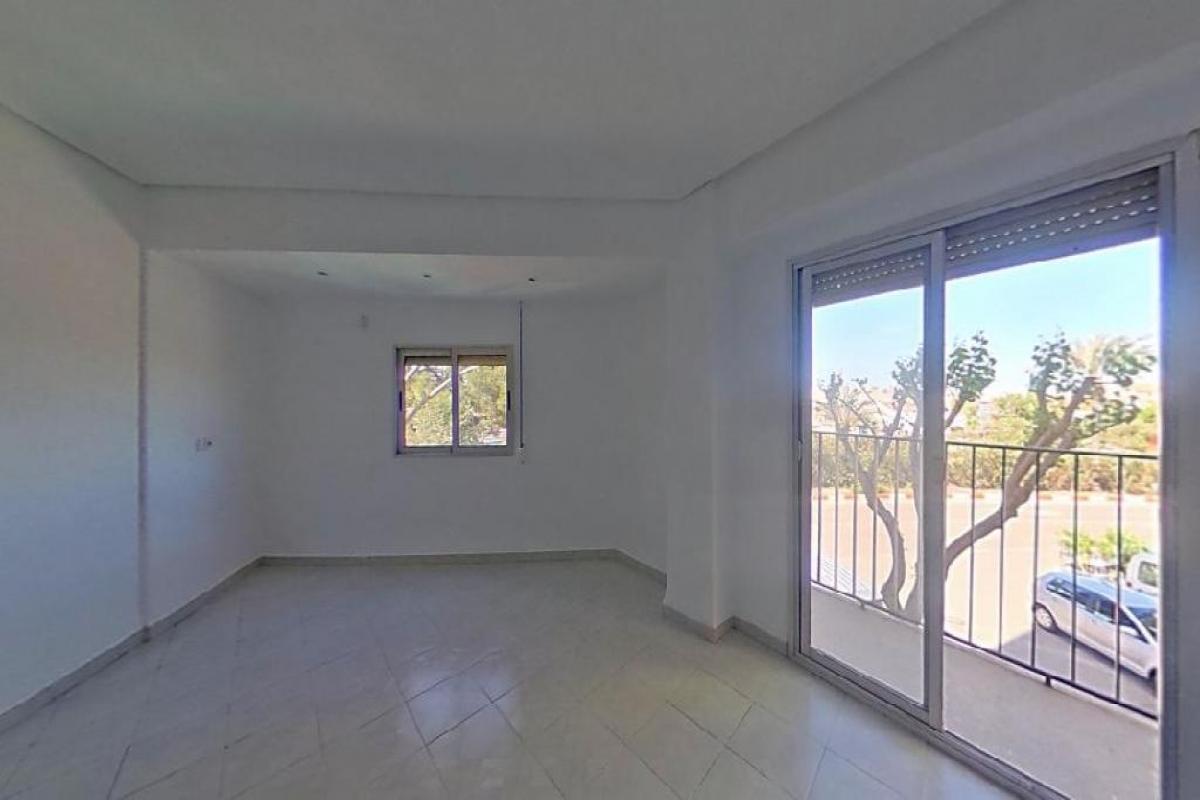 Piso en venta en Picanya, Valencia, Calle Ricardo Capella, 88.000 €, 3 habitaciones, 1 baño, 83 m2