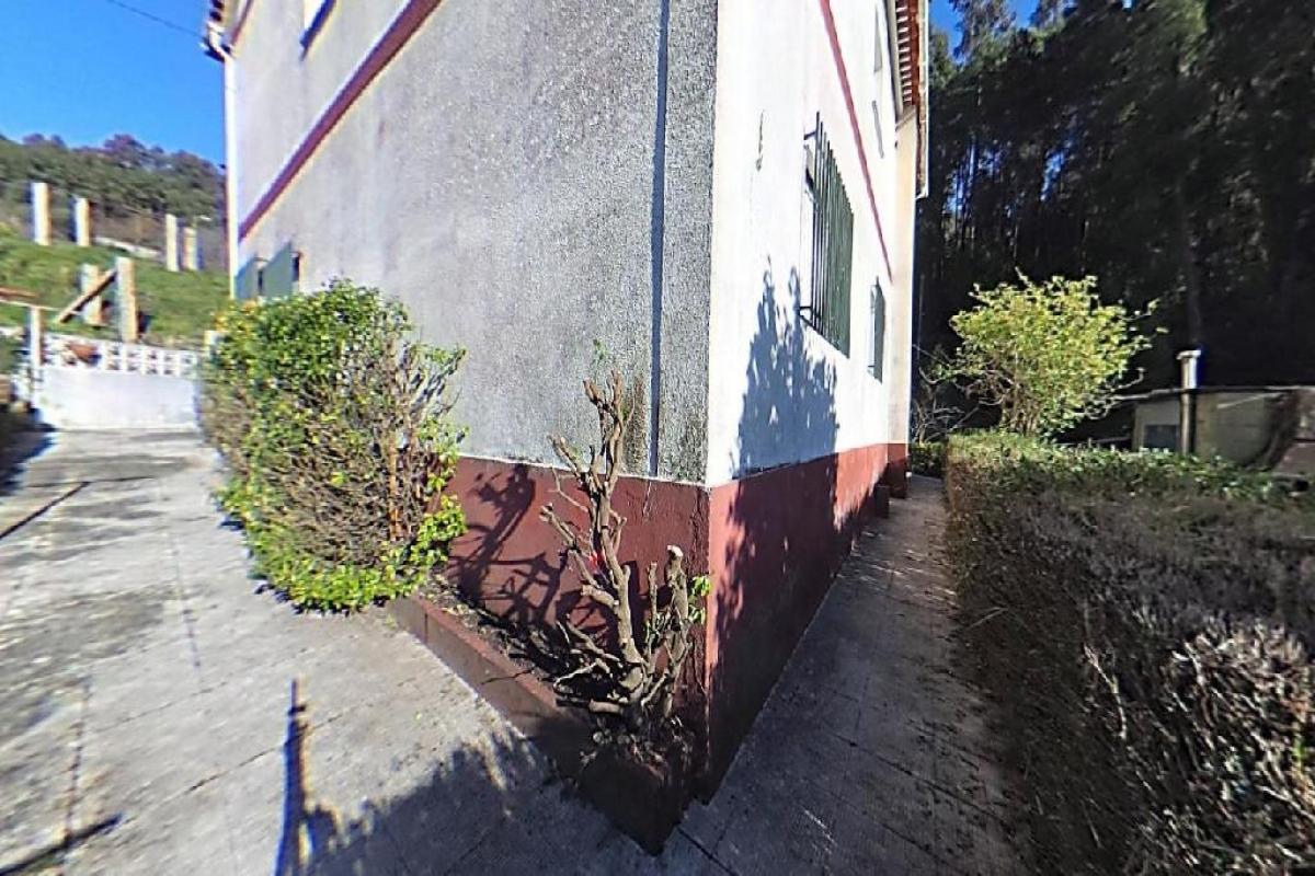 Casa en venta en Casa en Redondela, Pontevedra, 128.000 €, 4 habitaciones, 1 baño, 290 m2
