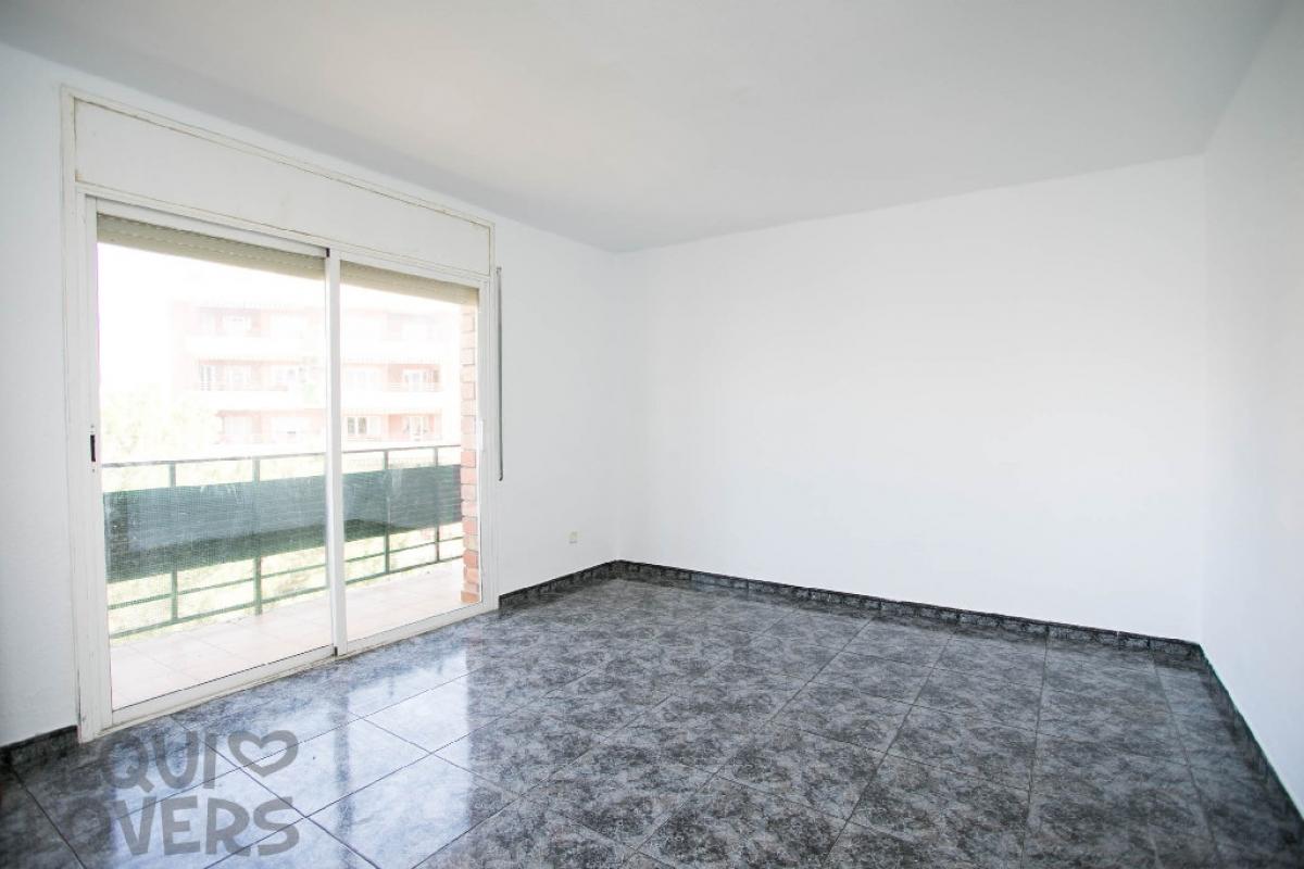Piso en venta en Torre Estrada, Balaguer, Lleida, Plaza Joaquina de Vedruna, 43.000 €, 3 habitaciones, 1 baño, 101 m2