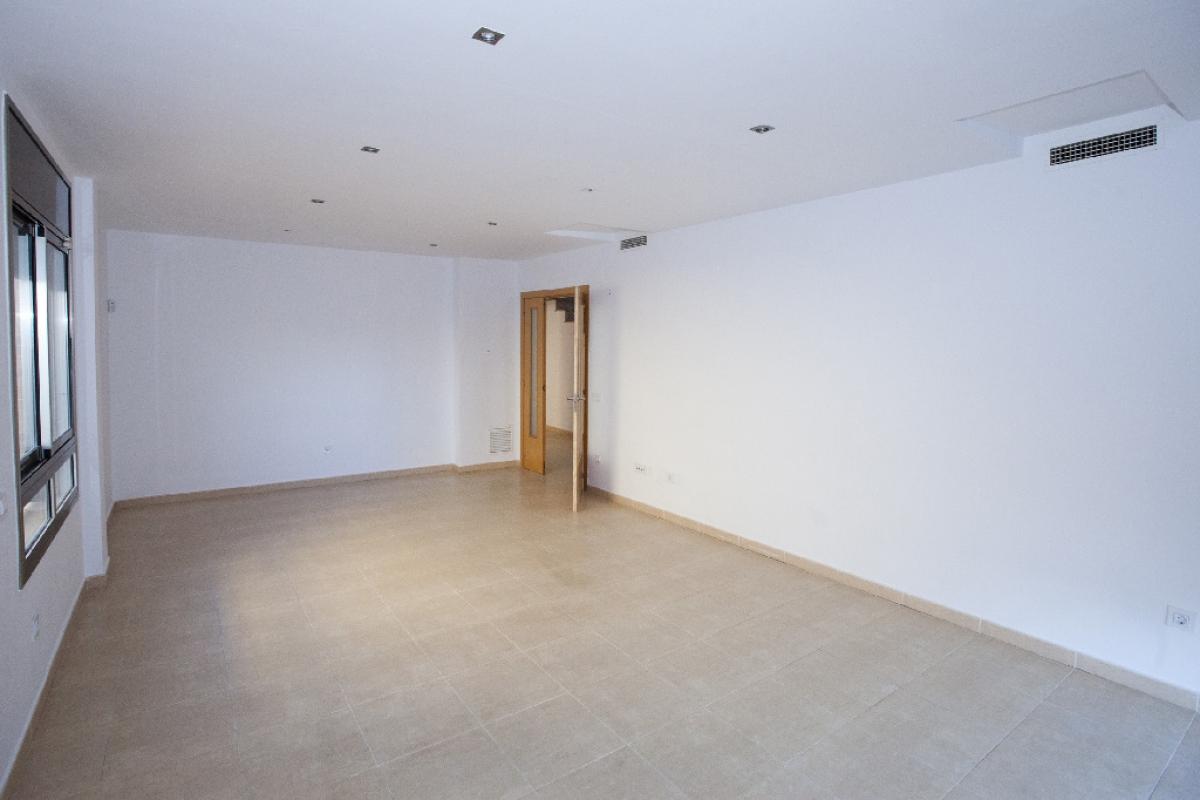 Casa en venta en La Secuita, Tarragona, Calle President Companys, 239.000 €, 5 habitaciones, 2 baños, 413 m2