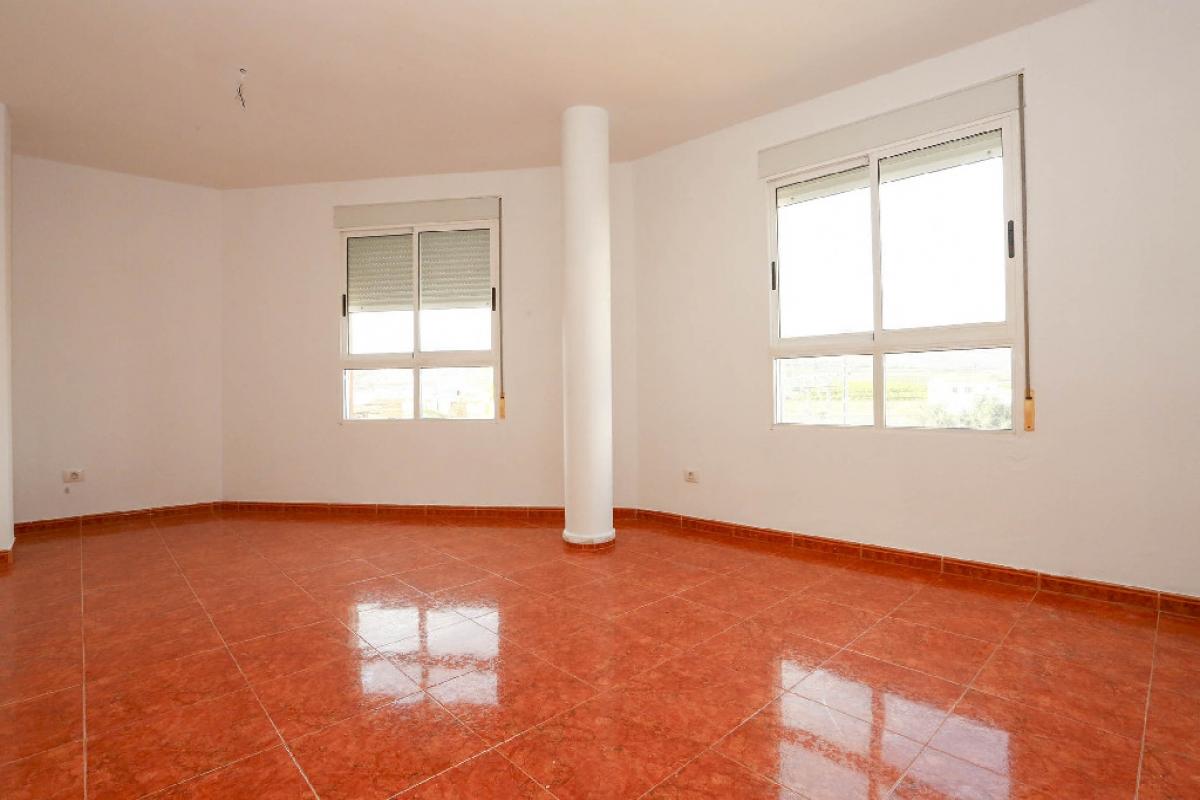Piso en venta en Chilches/xilxes, Castellón, Calle Doctor Fleming, 67.500 €, 3 habitaciones, 2 baños, 99 m2