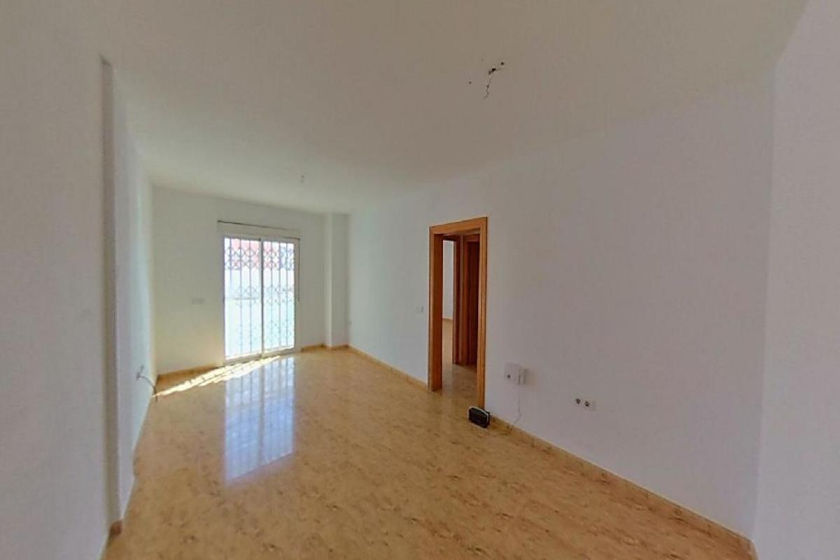Piso en venta en Los Depósitos, Roquetas de Mar, Almería, Calle General Prim, 55.000 €, 3 habitaciones, 2 baños, 101 m2