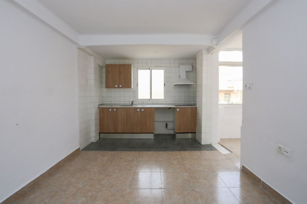 Piso en venta en La Saïdia, Valencia, Valencia, Calle Horticultor Galan, 78.000 €, 3 habitaciones, 1 baño, 68 m2