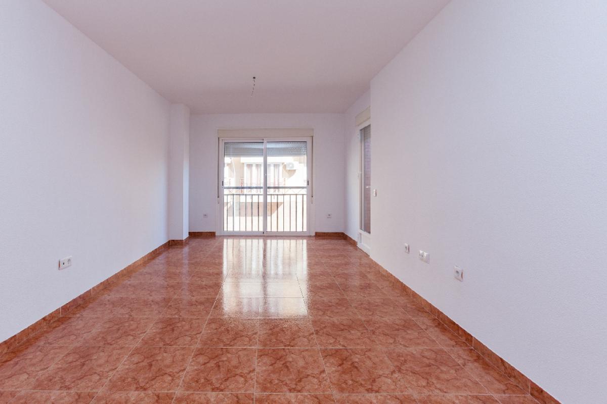 Piso en venta en Los Depósitos, Roquetas de Mar, Almería, Avenida Albuñol, 69.500 €, 2 habitaciones, 2 baños, 99 m2