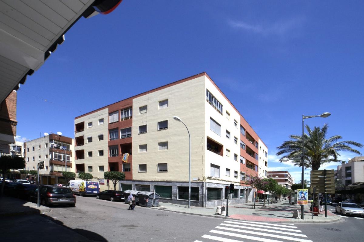Piso en venta en El Ejido, Almería, Avenida Bulevar de El Ejido (e), 59.000 €, 3 habitaciones, 1 baño, 104 m2