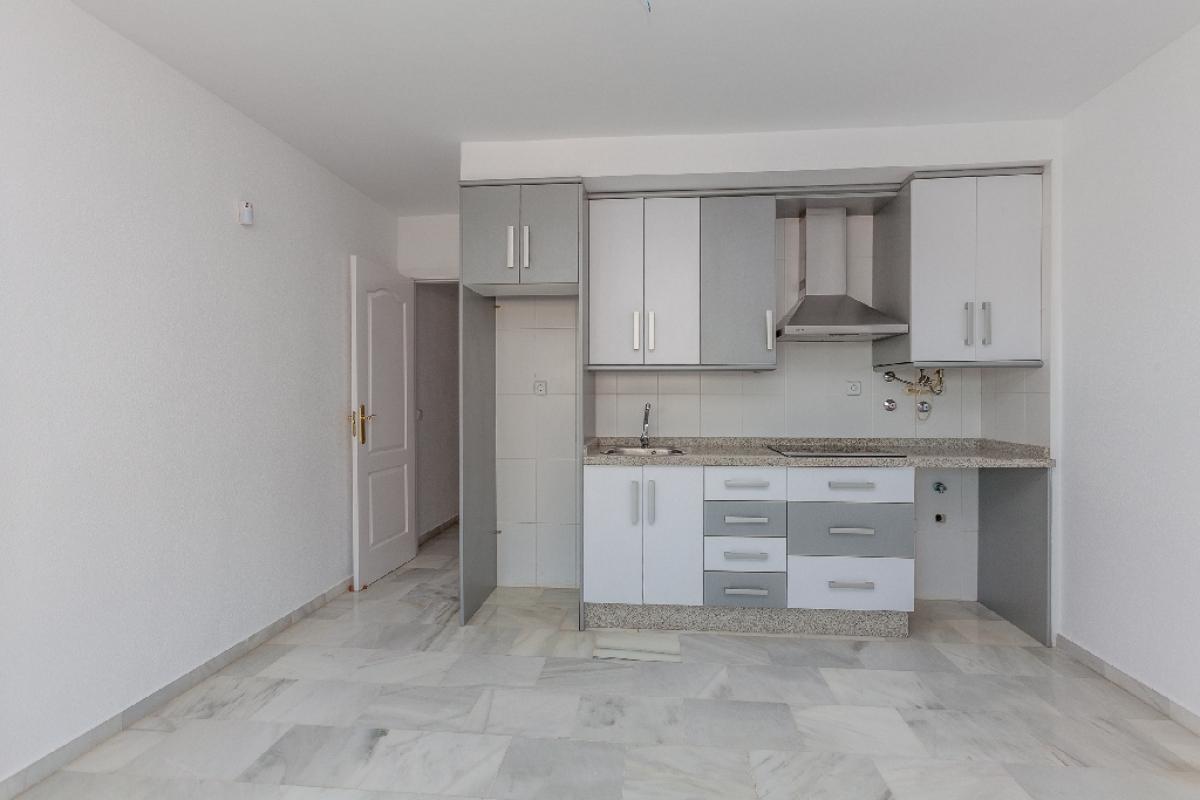 Piso en venta en Urbanización Roquetas de Mar, Roquetas de Mar, Almería, Avenida Ciudad de Cordoba, 60.500 €, 1 habitación, 1 baño, 51 m2