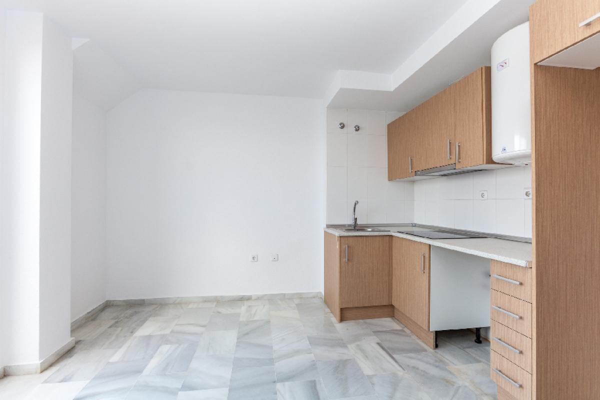 Piso en venta en Urbanización Roquetas de Mar, Roquetas de Mar, Almería, Avenida Ciudad de Cordoba, 55.000 €, 1 habitación, 1 baño, 40 m2