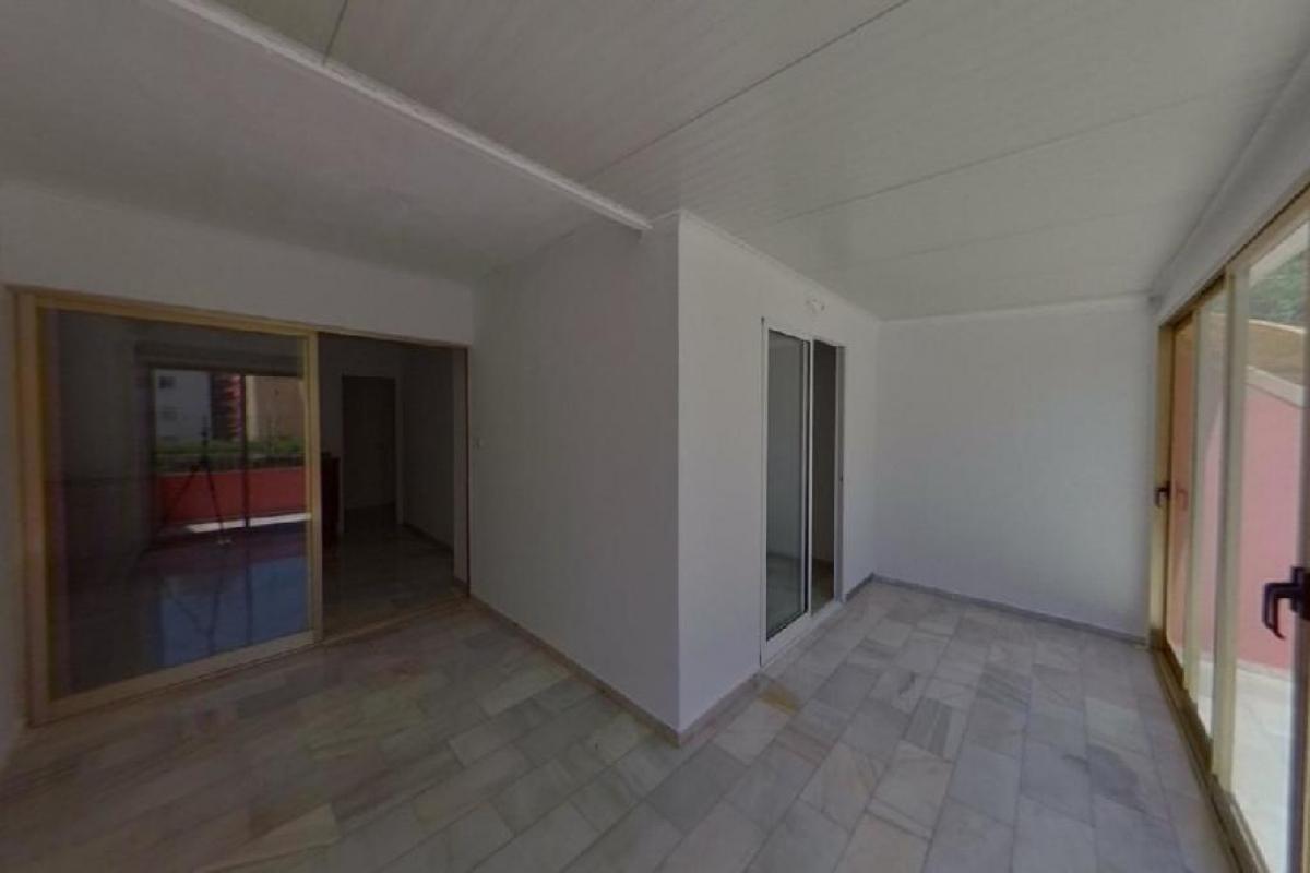 Piso en venta en Llevant - Levante, Benidorm, Alicante, Avenida Dr Orts Llorca, 127.500 €, 1 habitación, 1 baño, 72 m2