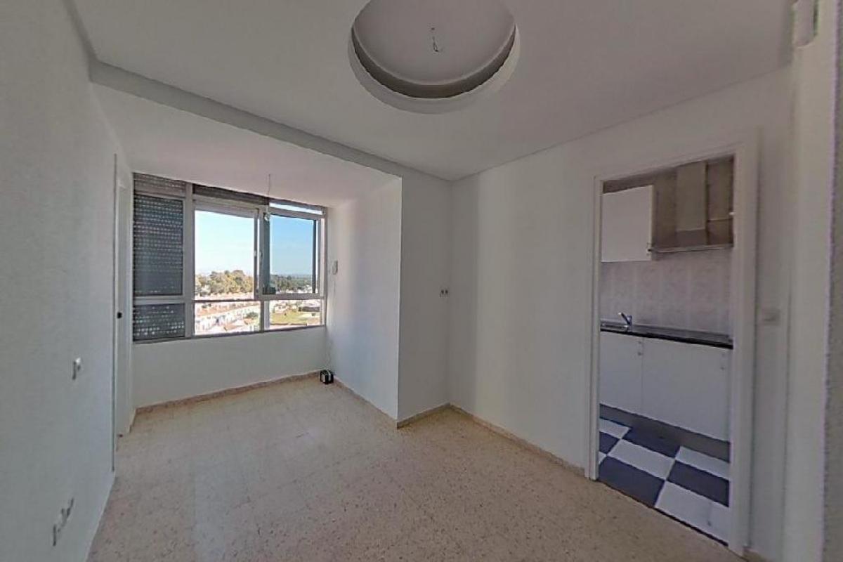 Piso en venta en Valdelagrana, El Puerto de Santa María, Cádiz, Avenida la Paz, 95.000 €, 1 habitación, 1 baño, 44 m2