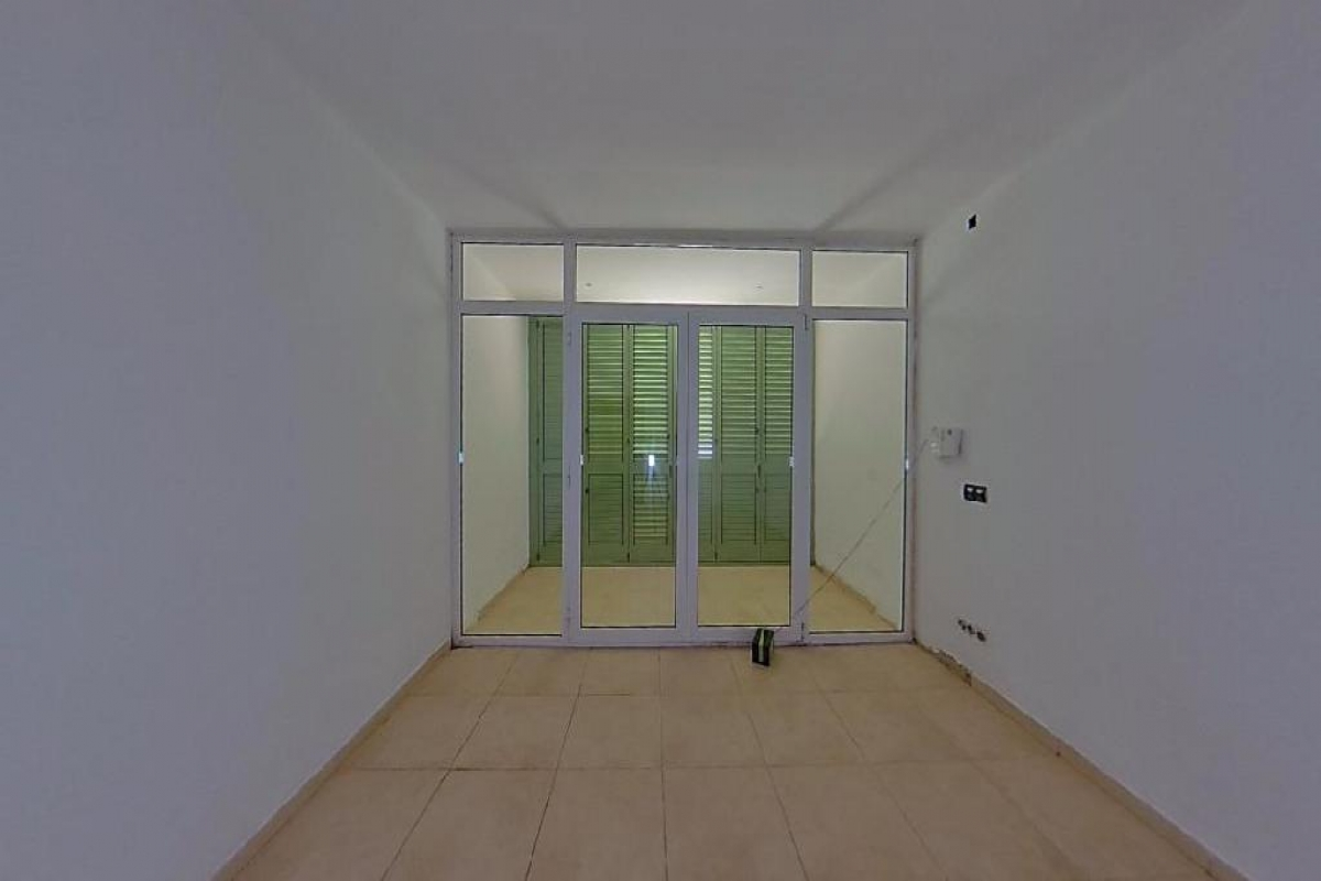 Piso en venta en Vinaròs, Castellón, Avenida Pablo Bejar, 49.500 €, 1 habitación, 1 baño, 83 m2