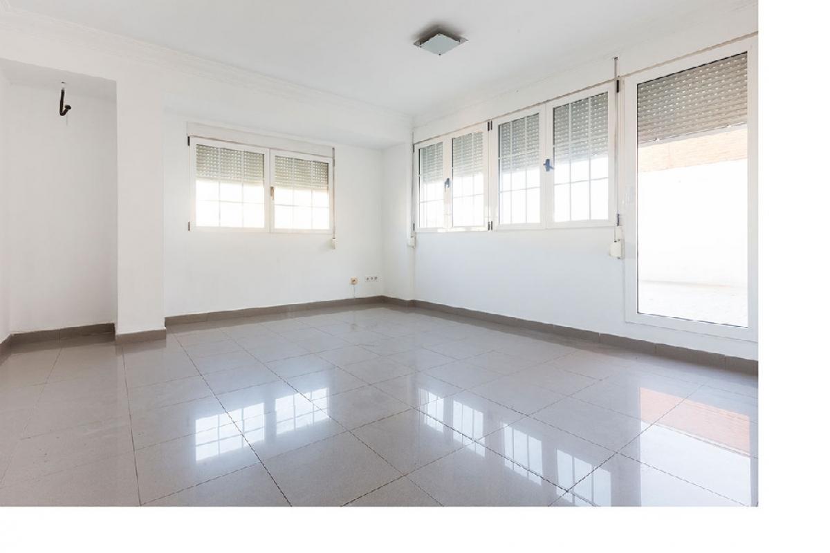Piso en venta en Valencia, Valencia, Avenida Peris Y Valero, 219.000 €, 5 habitaciones, 2 baños, 138 m2