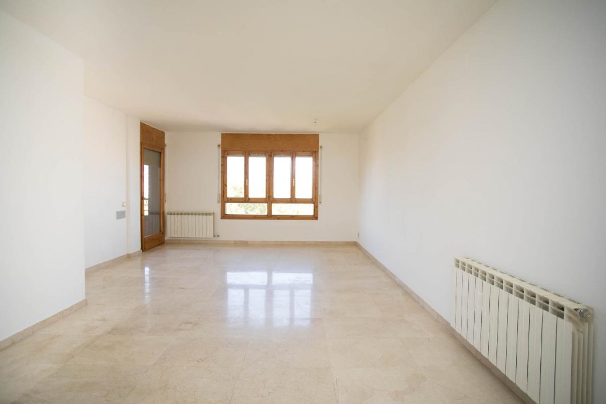 Piso en venta en La Mariola, Lleida, Lleida, Avenida Pius Xii, 159.500 €, 4 habitaciones, 2 baños, 149 m2