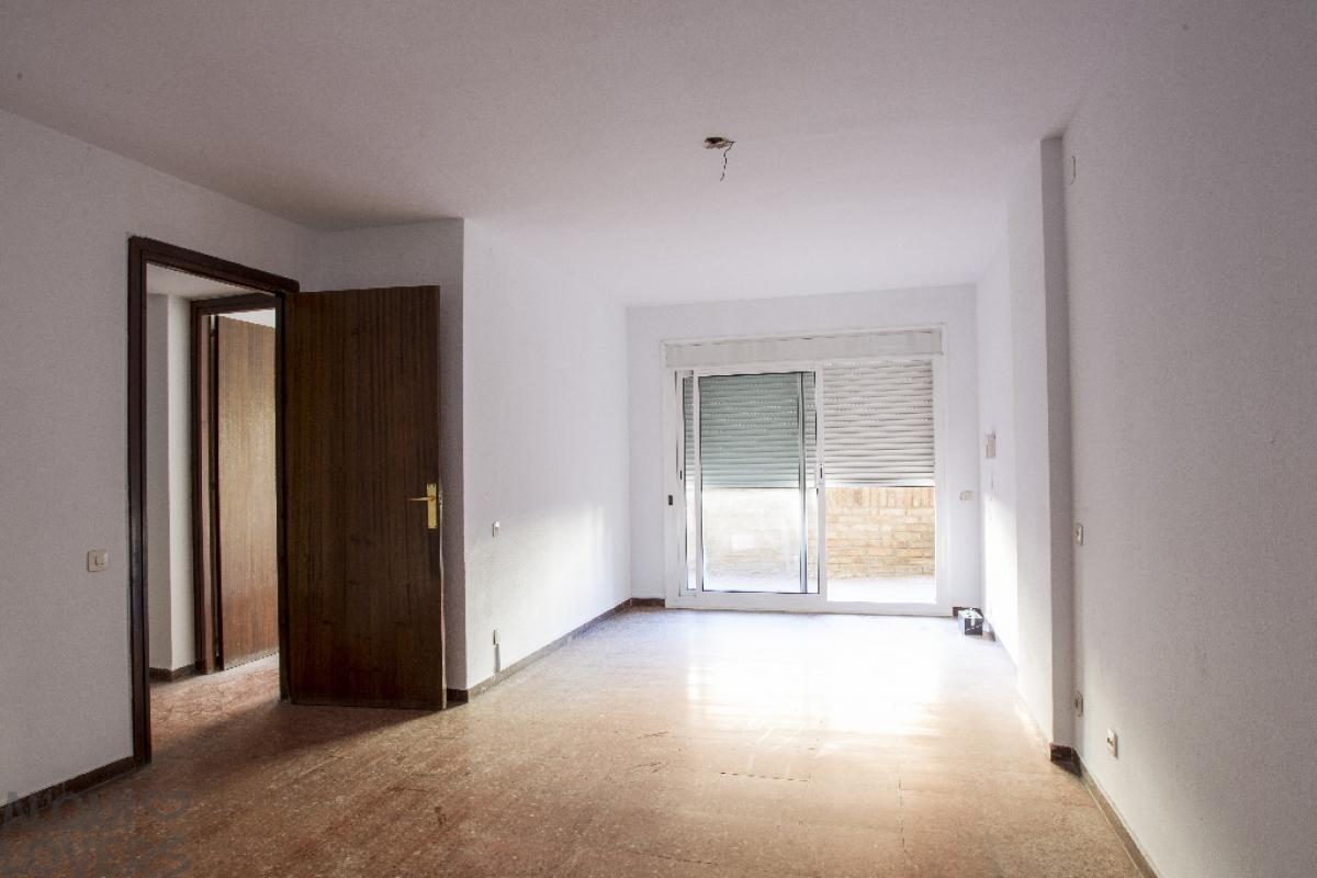 Piso en venta en Torreforta, Tarragona, Tarragona, Avenida Ramon Y Cajal, 154.500 €, 4 habitaciones, 2 baños, 107 m2