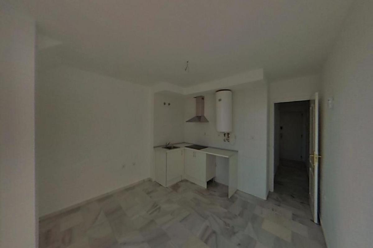 Piso en venta en Urbanización Roquetas de Mar, Roquetas de Mar, Almería, Avenida Rosita Ferrer, 64.000 €, 1 habitación, 1 baño, 40 m2