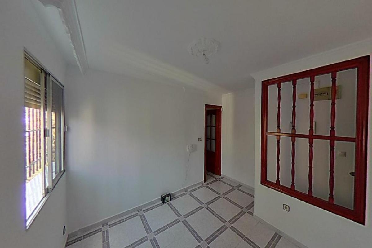 Piso en venta en Distrito Norte, Sevilla, Sevilla, Avenida San Lazaro, 58.000 €, 3 habitaciones, 1 baño, 56 m2