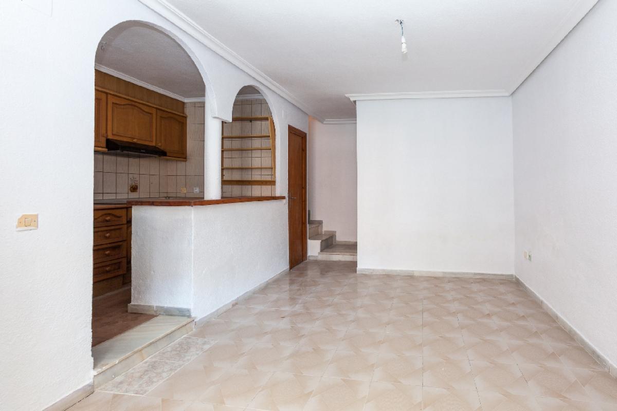 Casa en venta en La Mata, Torrevieja, Alicante, Calle Baco, 92.500 €, 3 habitaciones, 2 baños, 63 m2