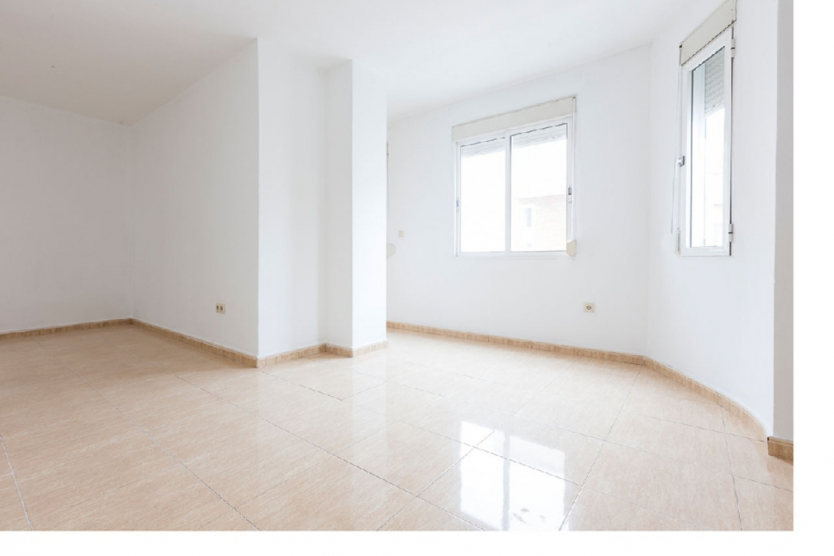 Piso en venta en Quatre Carreres, Valencia, Valencia, Calle Barraca, 133.500 €, 3 habitaciones, 2 baños, 87 m2