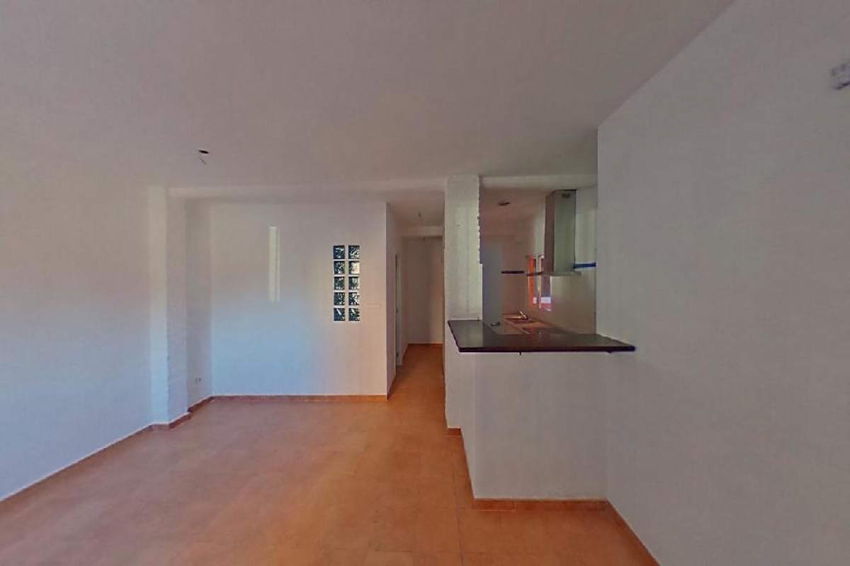Piso en venta en Ciutat Vella, Valencia, Valencia, Calle Belchite, 88.000 €, 2 habitaciones, 1 baño, 66 m2