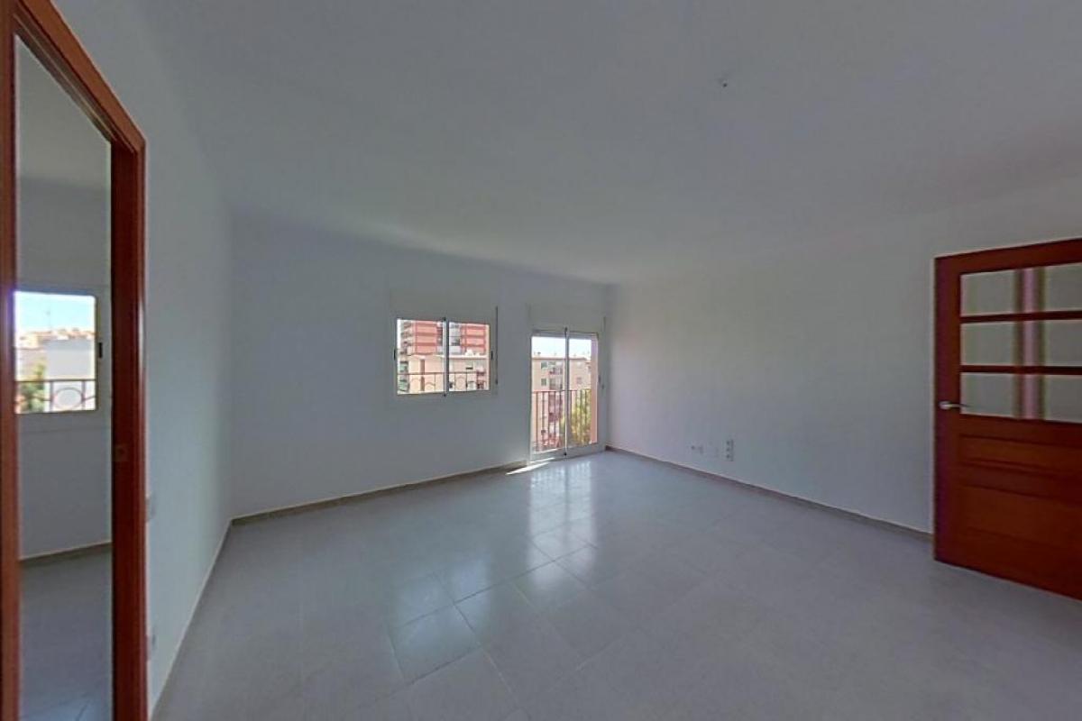 Piso en venta en Sant Pere I Sant Pau, Tarragona, Tarragona, Calle Bloque Bloque Sant Bertomeu, 68.500 €, 2 habitaciones, 1 baño, 70 m2