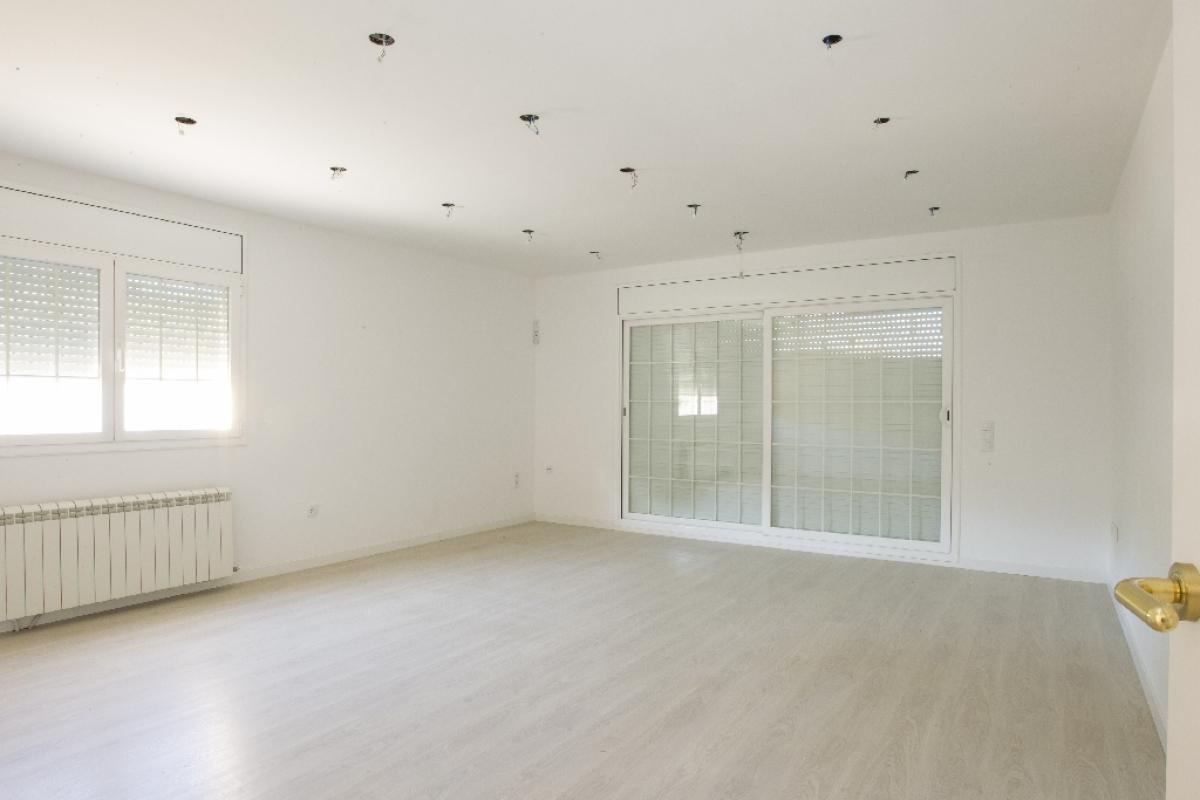 Casa en venta en Calafell, Tarragona, Calle Cadi, 294.000 €, 3 habitaciones, 1 baño, 323 m2
